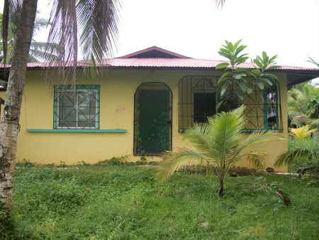 (CO-1220) GREAT INVESTMENT PROPERTY LOCATED ON ISLA COLON
