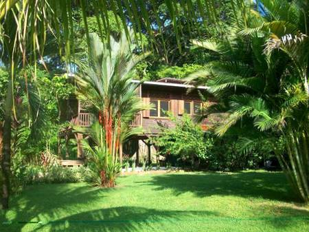 (SC-500) TITLED HOME NESTLED IN A JUNGLE SETTING IN DOLPHIN BAY