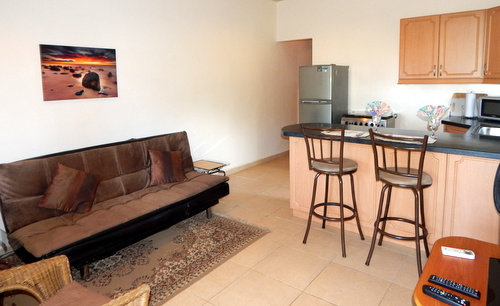 (CO-9950) COMFORTABLE OCEAN VIEW 1 BEDROOM CONDO STEPS FROM THE BEACH!